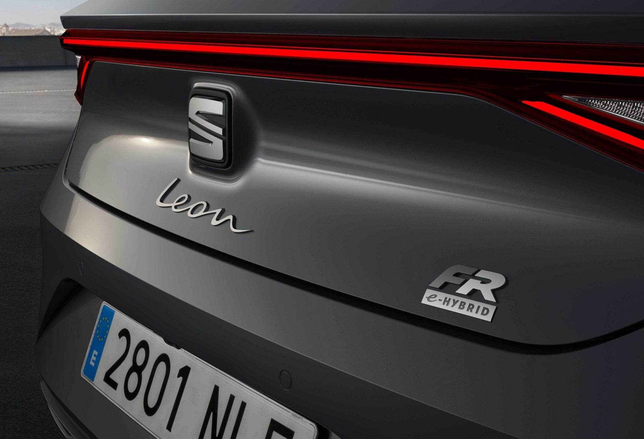 【SEAT León FR 2021】 Precio, ficha técnica y fotos