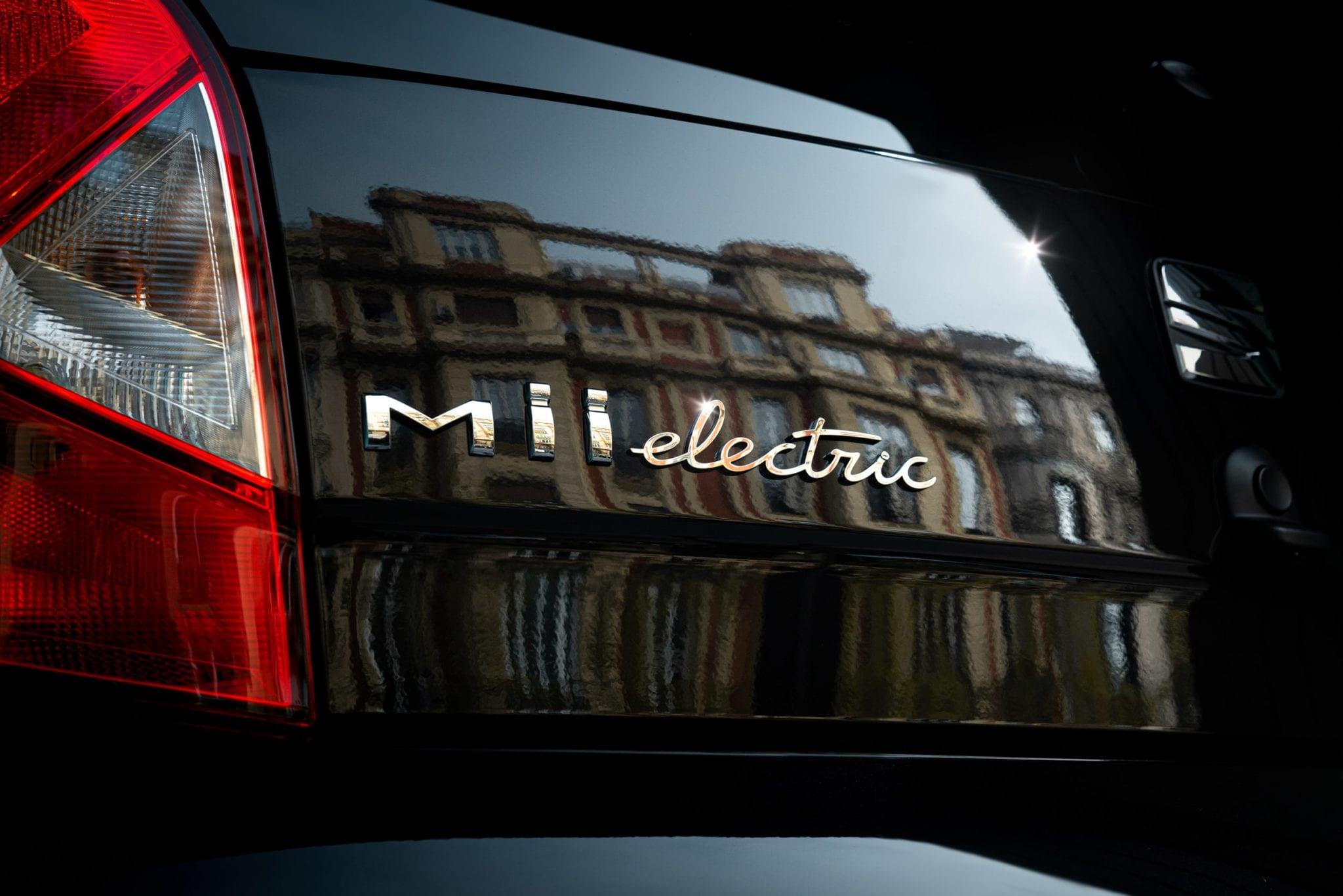 seat mii electric logo