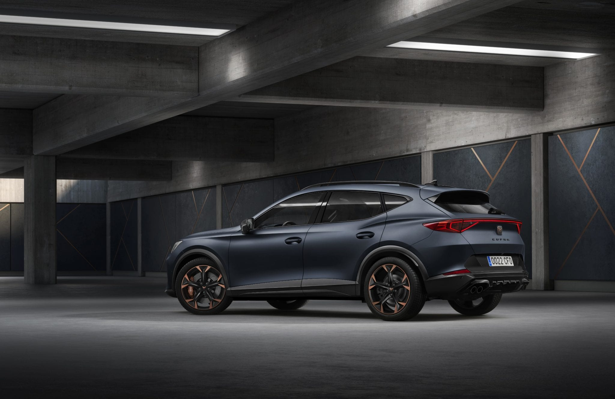 CUPRA Formentor lateral